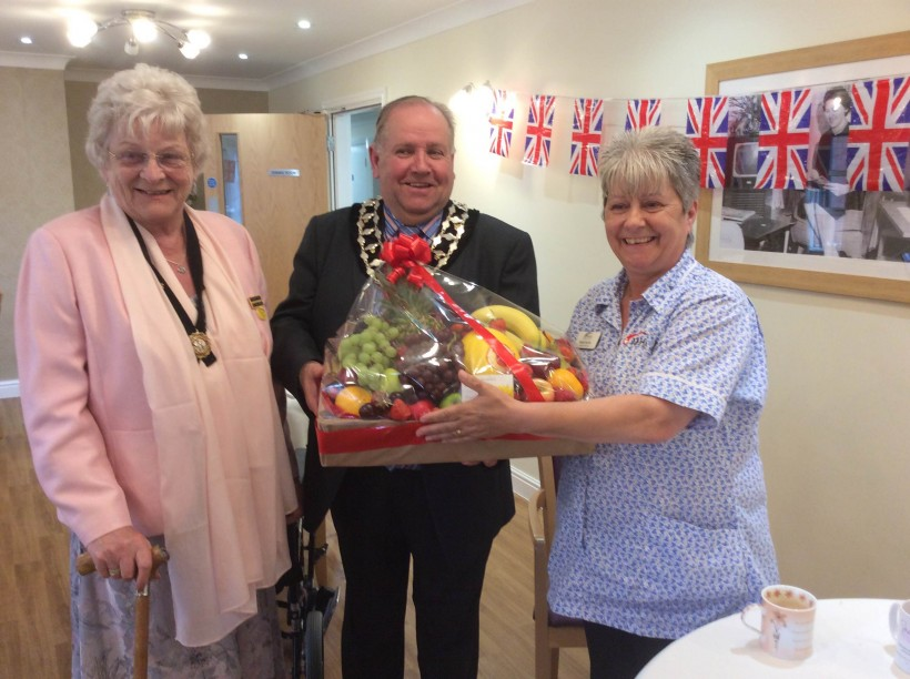 Mayor and Mayoress attend the Chapelfields Nursing home open day 2016