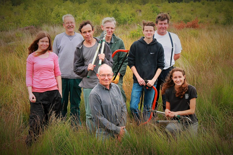volunteers working cheshire wildlife trusts nature reserves beth alvey