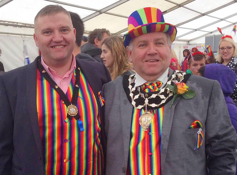 frodsham mayor mally poulton consort-carlos chester prode parade