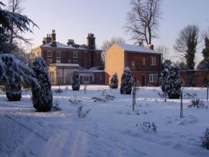 castle park gardens house snow scene 2014