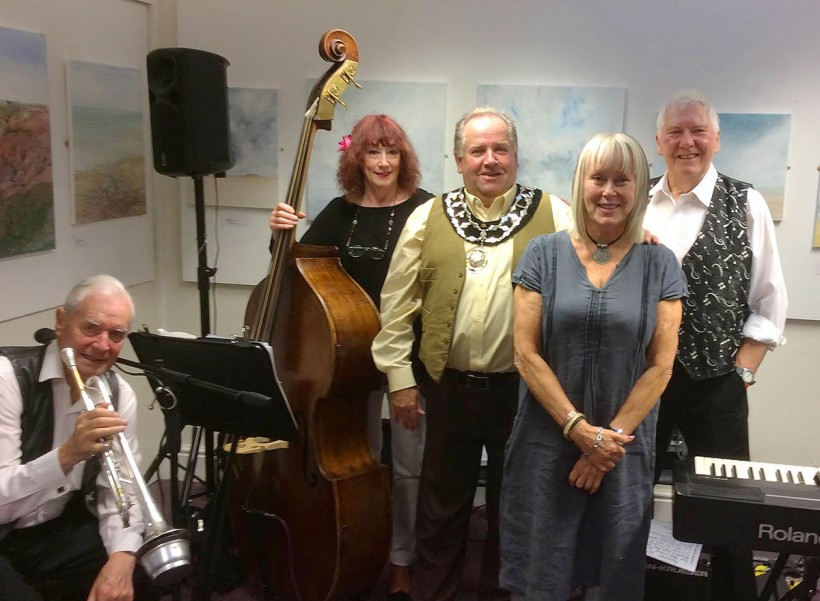 frodsham mayor castle park arts blues jazz night