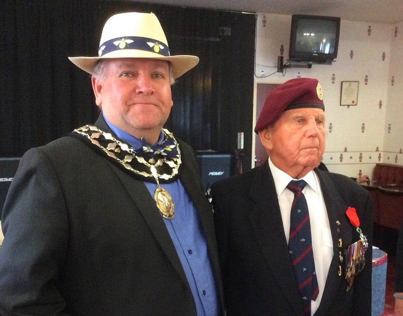 royal british legion parade northwich frodsham mayor