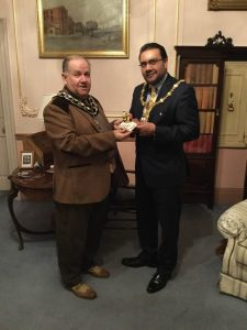Frodsham Mayor with Mayor of Warrington