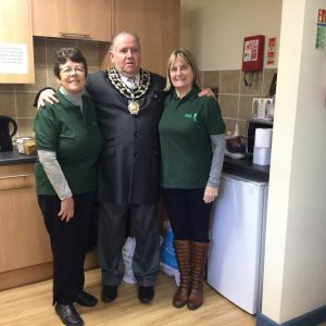 Mayor with Foodbank volunteers