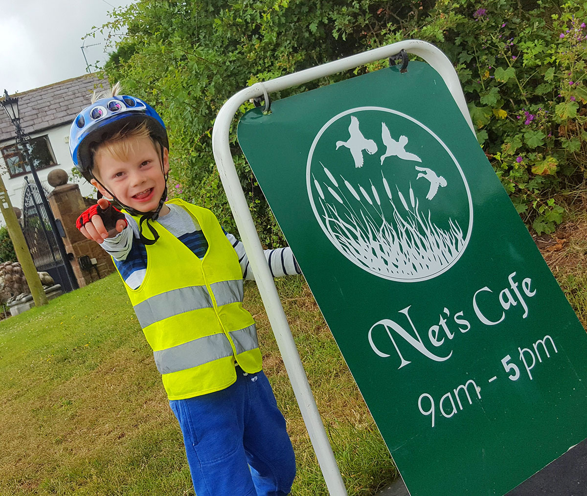 Nets Cafe Neston chester greenway